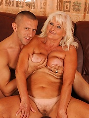 Hairy mom riding fresh cock and gets cumshot