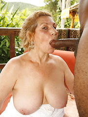 Mature BBW Taila sucking ebony dick