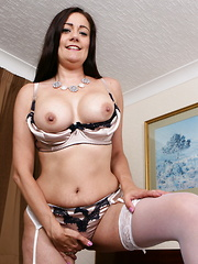 Hot British housewife playing with her pussy